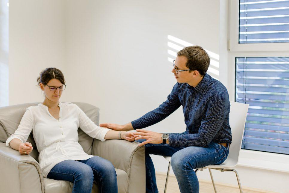 Hypnose Demonstration durch den Kursleiter